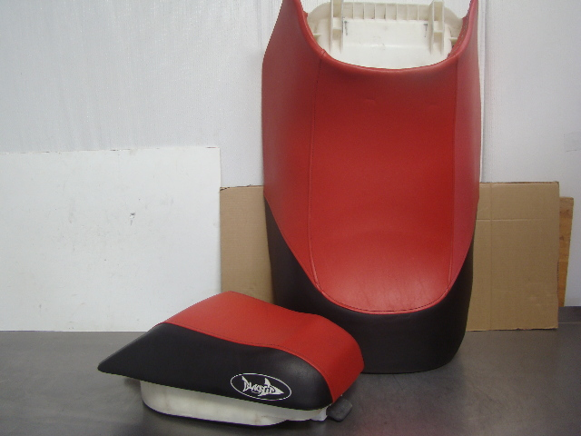 Yamaha Waverunner GP1200 GP800 GP760 Seat Set With New Seat Cover used