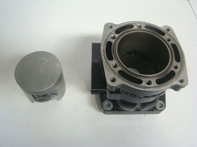 Polaris PWC Watercraft 1999-2004 Genesis Octane Virage Cylinder + Piston 3021017