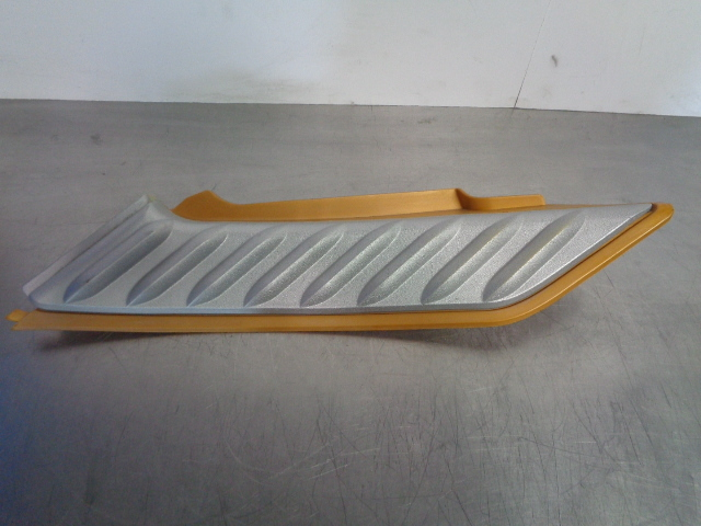 Sea Doo Bombardier 2006 RXP Left Moulding w/ Knee Pad (Maya Gold) 291002341