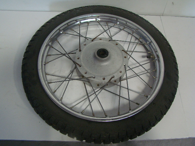 Yamaha Motorcycle / Dirt Bike 1975 MX 80 OEM Orignal Front Wheel Assembly