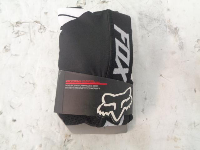 Fox Motorcycle Performance Long Knee Brace Sock Set Size Medium # 122221-001-M