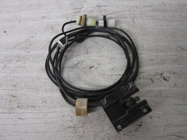 Yamaha WaveRunner 2001-2005 XL XLT XA OEM Speed Sensor Part# F0V-U8K31-00-00