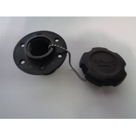 Yamaha Waverunner 1995-1996 Venture 700 1100 Oil Tank Cap Socket GJ3-6778D-00-00