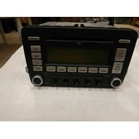 Radio Receiver CD Player 1K0-035-180 Volkswagen Passat 2010 2009