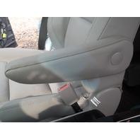 Front Seat Armrest Passenger 72810-08120 Toyota Sienna 2019 2018 2016 2015 2014